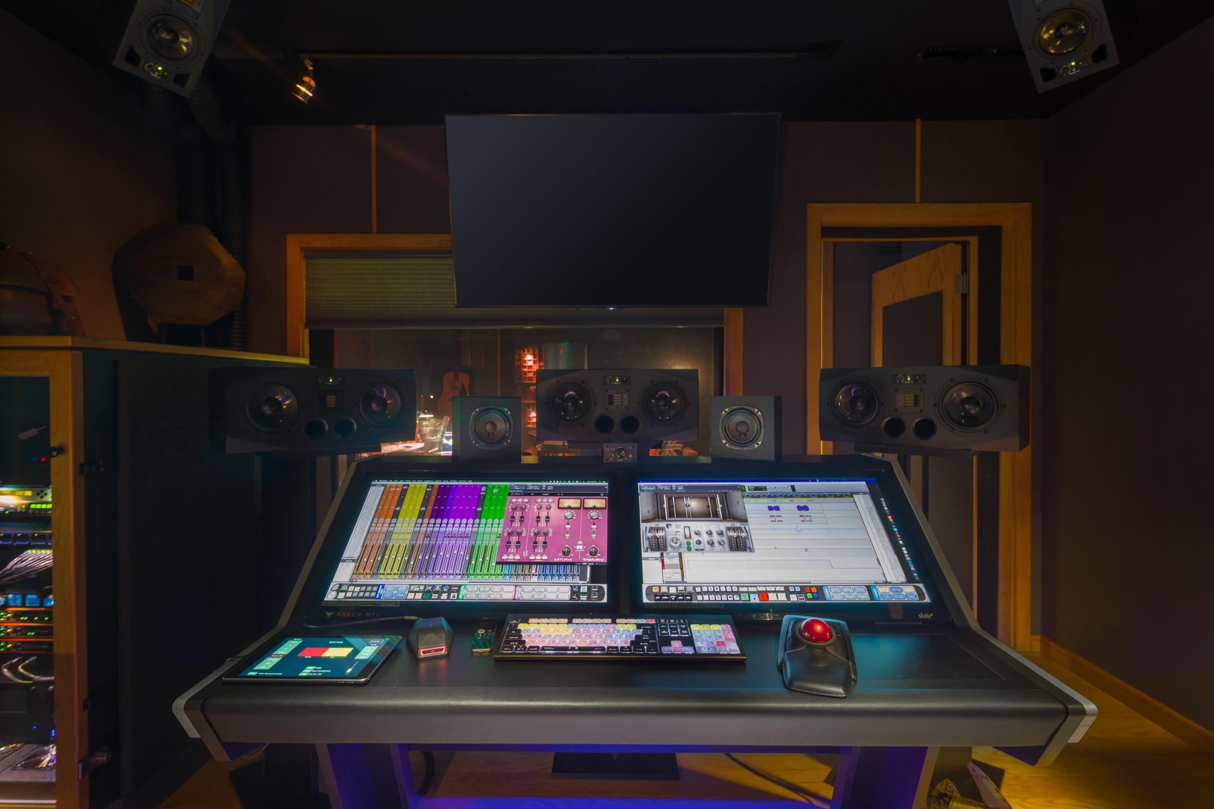 Henszey Sound, LLC Console