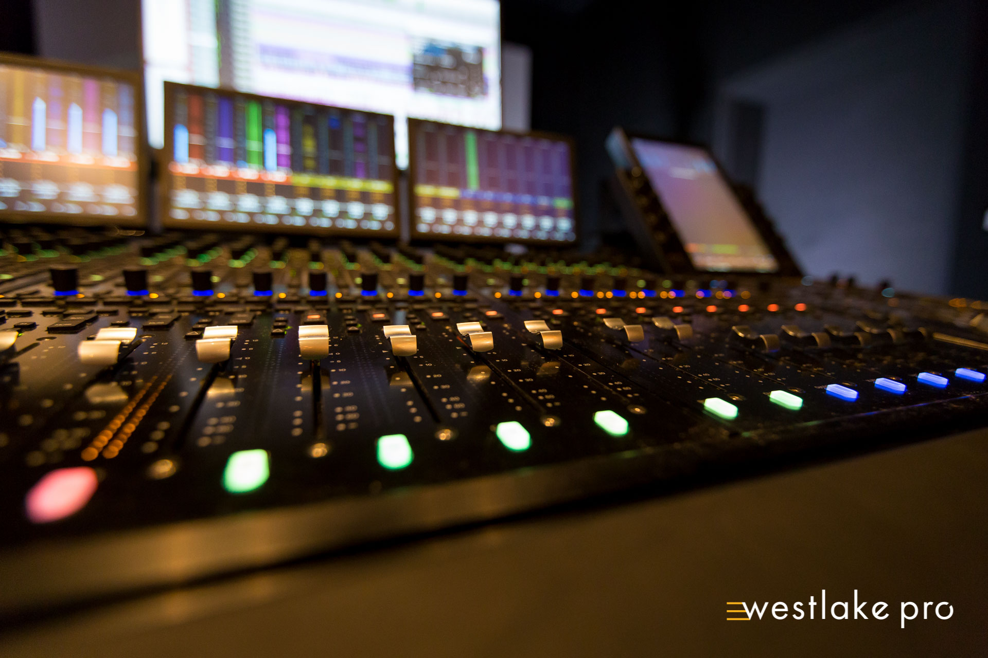 S6 Faders at Atlas Oceanic